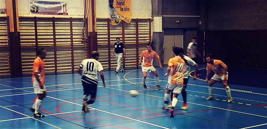 Malyh (10) et le Futsal Saint-Gilles solide leader