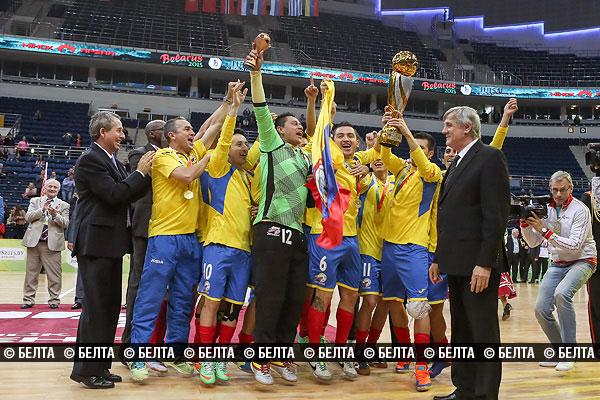 2015_04_26_comlombie_world_champion